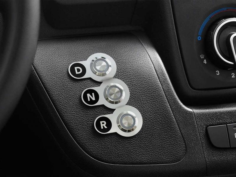 Peugeot Boxer 70kWh  l3h2 premium 90kW aut   elektrisch
