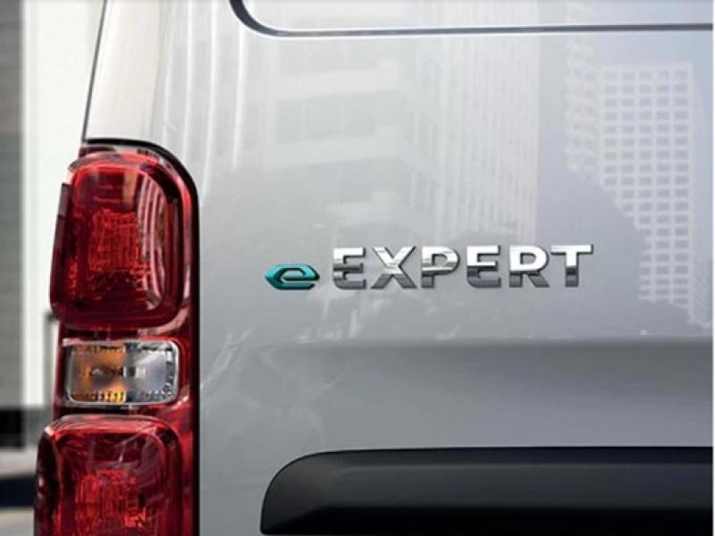 Peugeot Expert 75kWh dc e-expert long premium 100kW aut  elektrisch